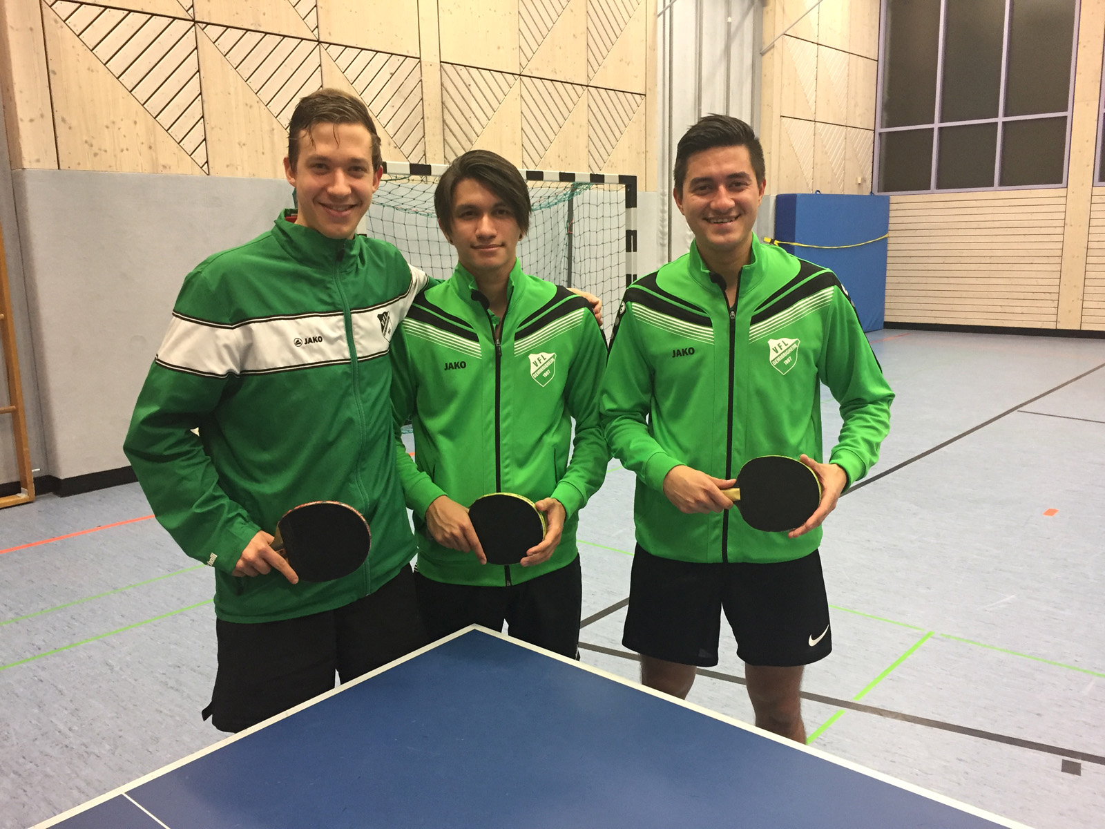 Tischtennis-Team des VfL zieht ins Halbfinale ein