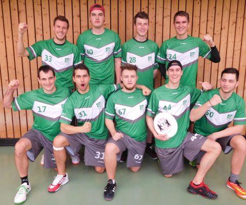 Ultimate Frisbee Team auf Platz 2