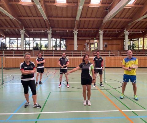 Brillanter Auftakt im Badminton